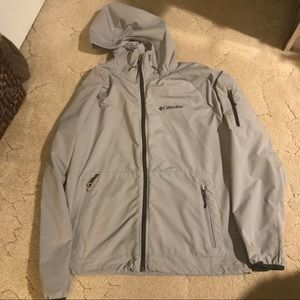 Lightweight Columbia jacket Size medium